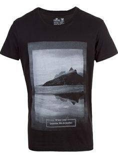 OSKLEN Camiseta Preta Estampada