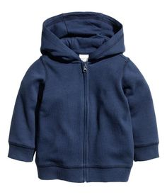 Jacket in organic cotton sweatshirt fabric. Jersey-lined hood, zip at front, and ribbing at cuffs and hem. Baby Outfits, Funky Outfits, Newborn Outfits, Baby Boy Sweater, Baby Coat, Little Boy Fashion, Kids Fashion Boy, Organic Baby Clothes, Blue Hoodie