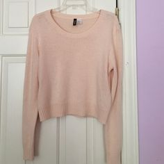 Pink sweater Light pink sweater.  Very comfortable. Great condition. Divided Sweaters Crew & Scoop Necks