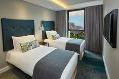StayEasy Cape Town City Bowl - Cape Town -Phronesis Hotel Booking V&a Waterfront, Conference Facilities, Modern Room, Free Wifi, Cape Town, Bed And Breakfast, Lodges, Hotel Offers, Resorts