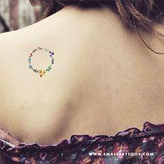 Flower Wreath Temporary Tattoo by Zihee (Set of – Small Tattoos Tattoos And Body Art temporary tattoo artist Small Flower Tattoos, Cute Small Tattoos, Tattoos For Women Small, Hawaiianisches Tattoo, Body Art Tattoos, Wreath Tattoo, Tattoo Time, Yakuza Tattoo, Tatoos