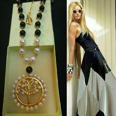 Necklace #blackandwhite #sofisticado #original #elegante #moda #women #collar #divina #diva #chapadeoro #madreperla
