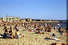 St Kilda Beach Melbourne 1950s | Flickr - Photo Sharing! Melbourne Victoria, Victoria Australia, Beach Pictures, Cool Pictures, Beach Pics, Old Money, St Kilda, Rock Pools, Felder