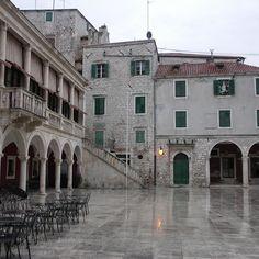 Platz in Sibenik
