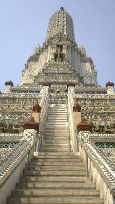 Wat Arun, Bangkok, Thailand .. http://www.99dealr.com/category?d=Vacation%20-%20Tour%20Packages