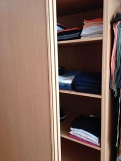 Estantes armario femenino 1