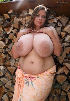 Nadine jansen huge