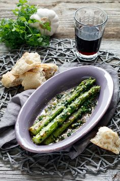 We both have spent countless tapas evenings with ---> Asparagus Recipe, Food Network Recipes, Cooking Recipes, Tapas Recipes, Tapas Buffet, Spanish Tapas, Vegan Life, Food Print, Finger Food