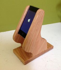 Sony NWZ Holder / Stand for Audio Use- Natural Finish for Derrick C. Wooden Phone Holder, Cell Phone Holder, Carpentry Projects, Wood Projects, Glow Table, Easy Woodworking Ideas, Wood Crafts, Sony, Audio