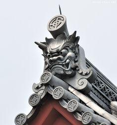 Oni   Oni-gawara, traditional Japanese decorative roof tiles
