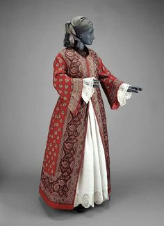 Red paisley dressing gown, possibly from colonial inspirations,   Ottoman turkish steampunk reference 1855. MFA Collection.