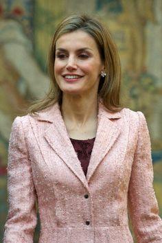 Queen Letizia of Spain Photos - Spanish Royals Attend Cervantes Institute Annual Meeting - Zimbio