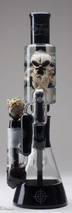 Buy salvia, kratom, bongs and vaporizers online at http://www.buysalviaextract.com/