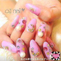 かわいいネイルを見つけたよ♪ #nailbook #nails #naildesign #celebrity #tokyo #art #pink #ojsalon #広尾 #恵比寿