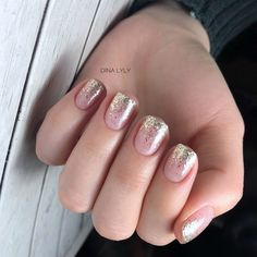 Ideas Glitter Nails Ombre Colour For 2020 Matte Pink Nails, Silver Glitter Nails, Neutral Nails, Purple Nails, Gold Nails, Trendy Nails, Cute Nails, Gelish Nail Colours, Short Gel Nails
