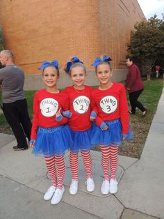 Teacher 1   Teacher 2  Thing 1   Thing 2 costumes for Dr. Seuss ... 0874698a8c