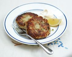 fish cakes (tuna or salmon)  • 300 gms potatoes • 100 gms salmon fillet, skin on and no scales on the skin, all bones removed or tuna • A small handful of fresh parsley • 1 egg • 1 lemon • Olive oil • 1 tablespoon plain flour (extra for dusting)