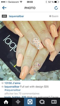 Peach nails with rhinestones accents Barbarabeaute barbarabeauté Great Nails, Fabulous Nails, Colorful Nail Designs, Cute Nail Designs, Garra, Laque Nail Bar, Nails Only, Hot Nails, Stylish Nails