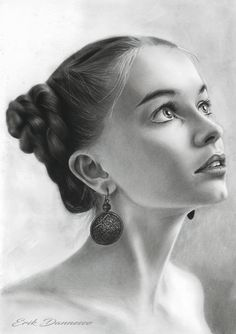 la belle by ErikDannesco on DeviantArt Realistic Pencil Drawings, Graphite Drawings, Pencil Art Drawings, Pencil Portrait Drawing, Portrait Sketches, Portrait Art, Girl Drawing Sketches, Art Drawings Sketches Simple, Beautiful Pencil Drawings