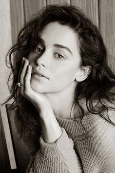 Las fotos más sexys de Emilia Clarke (Game Of Thrones) | Oye Juanjo!