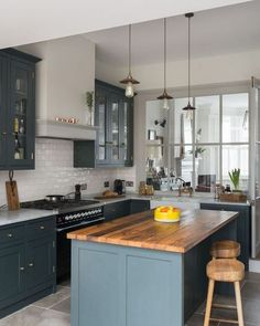 The Rule for Grey Kitchen Ideas Gray cabinets build anticipation for some other facets of the kitchen. Modern gray cabinets show a high degre. Grey Kitchens, Modern Farmhouse Kitchens, Farmhouse Style Kitchen, Rustic Kitchen, Diy Kitchen, Kitchen Interior, Home Kitchens, Kitchen Decor, Kitchen Ideas