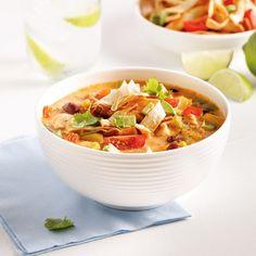 Soupe au poulet à la mexicaine à la mijoteuse Chicken Pasta Recipes, Creamy Chicken, Salad Recipes, Crockpot, Slow Cooker, Healthy Eating, Food, Mini Pains, Chicken Curry