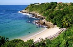 Playa Carrizalillo is one of the great beaches of Puerto Escondido, Mexico