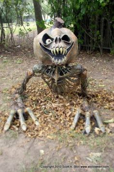 stolloween studion - diy - fantastic ghoulish pumpkin!