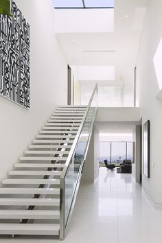 95 Cool Modern Staircase Designs For Homes Home Stairs Design, Stair Railing Design, Interior Stairs, Home Room Design, Home Interior Design, Staircase Lighting Ideas, Double House, Modern Home Offices, Modern Stairs