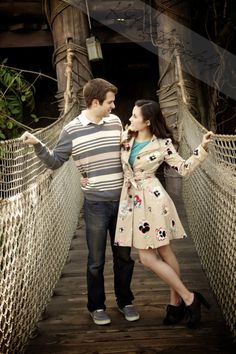 Disneyland engagement pictures?? I think YES!