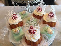 Cinderella themed bridal shower #edibletiara