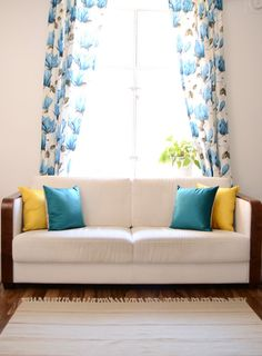Kaino curtain and sametti pillows