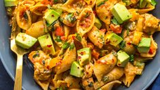 59 Super Easy Dinner Recipes That Will Help You Shrink Belly Fat! – TrimmedandTo… 59 Super Easy Dinner Recipes That Will Help You Shrink Belly Fat! Salad Recipes, Diet Recipes, Healthy Recipes, Seafood Recipes, Chicken Recipes, Avocado Recipes, Lunch Recipes, Pasta Recipes, Healthy Snacks