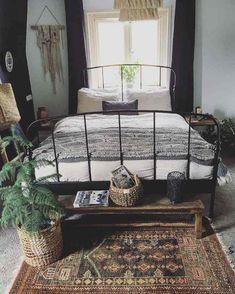 Déco Chambre Bohème Moderne #interiors #design Déco Maison, Chambre  Antique, Chambre Moderne