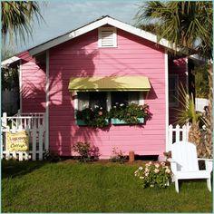 luscious little cottage, tybee island, jane coslick Cottage Exterior Colors, Beach Cottage Exterior, Cute Cottage, Beach Cottage Style, Cabins And Cottages, Beach Cottages, Country Cottages, Beach Houses, Cottage Living