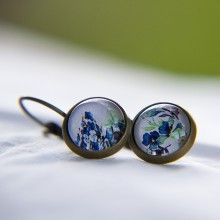 #Ohrringe #ohrhänger #bronce #earrings #dinedesign #dinedesignfactory #cabochons #unique #einzigartig #Einzelstück #diy #shop #flower #white #blue