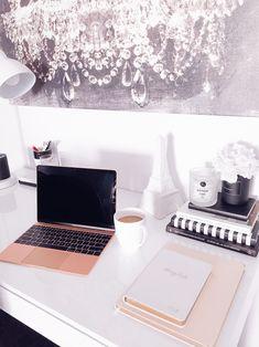 Blondie in the City | Rose Gold MacBook