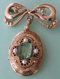 This side of paradise vintage locket necklace