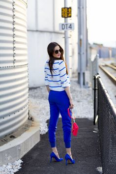 White and blue royal outfit look perfeito, mulheres, sapatos azuis royal, s Fashion Moda, Cute Fashion, Look Fashion, Fashion Outfits, Fashion Ideas, Fashion Inspiration, Summer Outfits, Casual Outfits, Cute Outfits