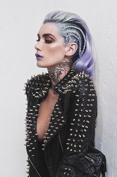 Pastel goth princess gothic rivets black leather jacket spikes tattooed tattoos i … – Gothic Punk Style Editorial Hair, Editorial Fashion, Look Fashion, Fashion Beauty, Fashion Edgy, Rock Style Fashion, Fashion Make Up, Fashion Hair, Leather Fashion