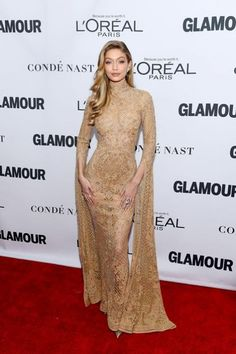 Gigi Hadid at Glamour Women of the Year Summit in New York 11/13/2017. Celebrity Fashion and Style | Street Style | Street Fashion | Red Carpet