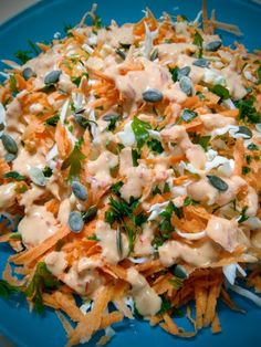 "Cabbage salad with wonderful ala Sofeto sauce.- The salad I recommend to you has strong flavors. It& perfect for evenings where you just want to eat a salad, but not a ""simple"" salad. Rich in nutrients and flavor, it takes the salad off… - Grilled Italian Chicken, Italian Chicken Dishes, Chicken Recipes For Two, Food Network Recipes, Cooking Recipes, Healthy Recipes, Salad Bar, Easy Salads, Greek Recipes"