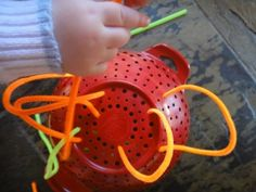 Pipe cleaner toddler play/fine motor
