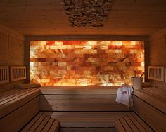 Saunas are now a favorite place for some people to relieve fatigue and fatigue after busy days. So, the weekend choice for them is a sauna to help them relax rather than just being and resting at home. Spa Design, House Design, Design Ideas, Spa Interior, Stone Interior, Infared Sauna, Spa Bathroom Decor, Salt Room, Landscaping