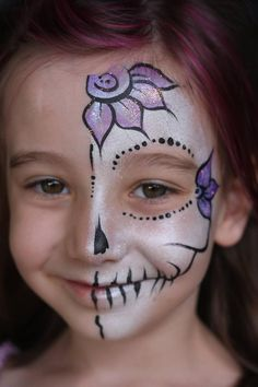 halloween face paint for kids face paint design photo gallery a design sugar skull face paint kids simple sugar face paint halloween face paint ideas child Sugar Skull Make Up, Sugar Skull Face Paint, Sugar Skulls, Face Painting For Boys, Face Painting Designs, Body Painting, Skeleton Makeup, Skull Makeup, Tinta Facial