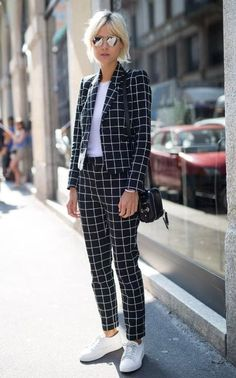 30 Ways To Wear Sneakers To Work In 2018 I know not all of you can make it to the office with sneakersâ although there are a lot of girls who luckily can. On todayâs post we bring a lot of inspiration outfits on how to wear sneakers to work. Milan Men's Fashion Week, High Street Fashion, Mens Fashion Week, Work Fashion, Fashion Looks, Fashion Outfits, Women's Fashion, Fashion News, Feminine Fashion