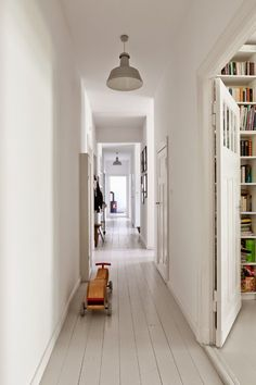 pared-back Berlin apartment