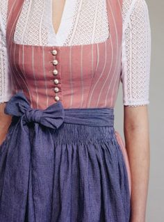 Thankfully – costume is a textile message of individuality and identity. Folk Fashion, Modern Fashion, Autumn Fashion, Fashion Design, Dresses For Less, Nice Dresses, Long Dresses, Berlin Mode, German Costume