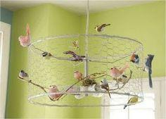 網に小鳥を載せたとっても可愛いシャンデリア!