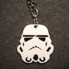Hoi! Ik heb een geweldige listing gevonden op Etsy https://www.etsy.com/nl/listing/92991359/storm-trooper-pendant-laser-cut-acrylic